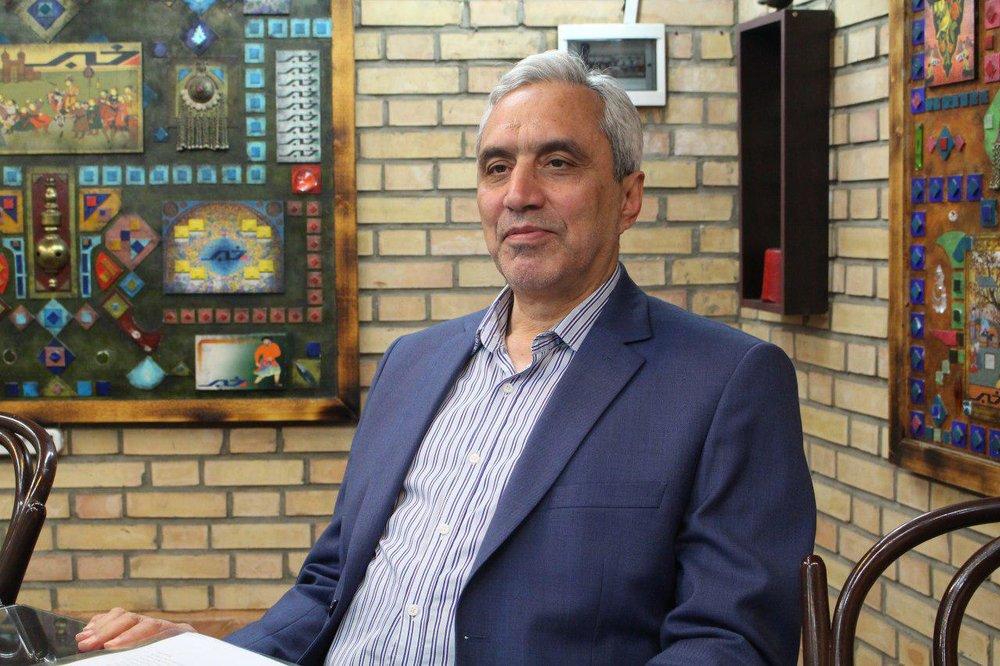 میرمحمد صادقی: حاکمیت باید به مردم اجازه اعتراضاتمسالمتآمیز دهد