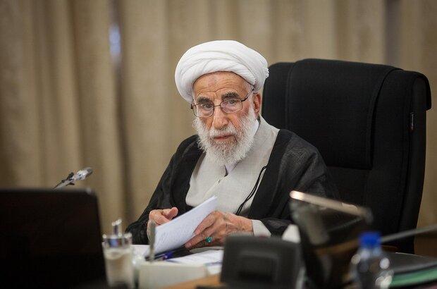 جنتی: اظهارات «روحانی» علیه شورای نگهبان خلاف قانون اساسی بود