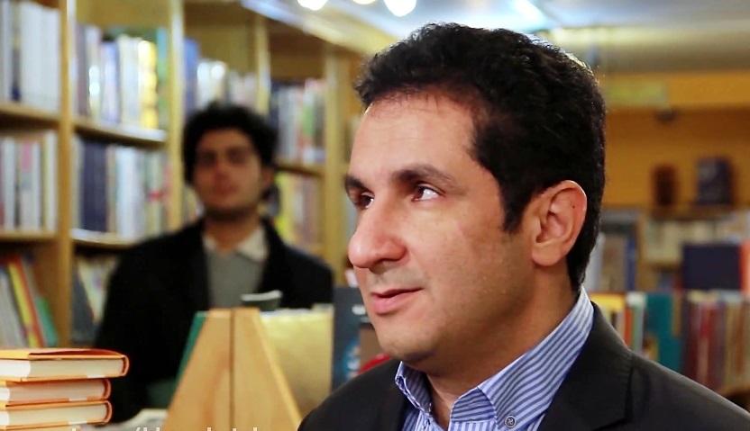 علی صابری: صدا و سیما فکر میکند فحاشی به مسئولین در برنامه ها سوپاپ اطمینانی برای کاهش فشارهای اجتماعی است