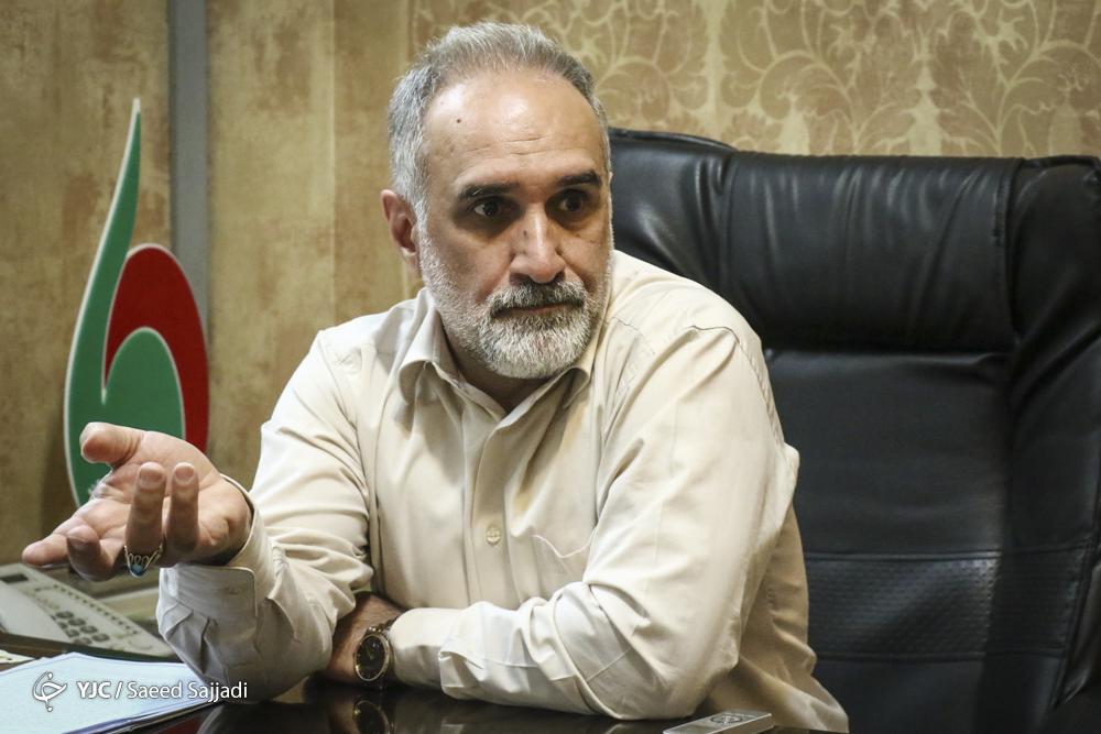 واکنش حکیمی پور به ردصلاحیت مهدی کروبی: هیچ کس نمی تواند اشخاص را از حق قانونی شان منع کند