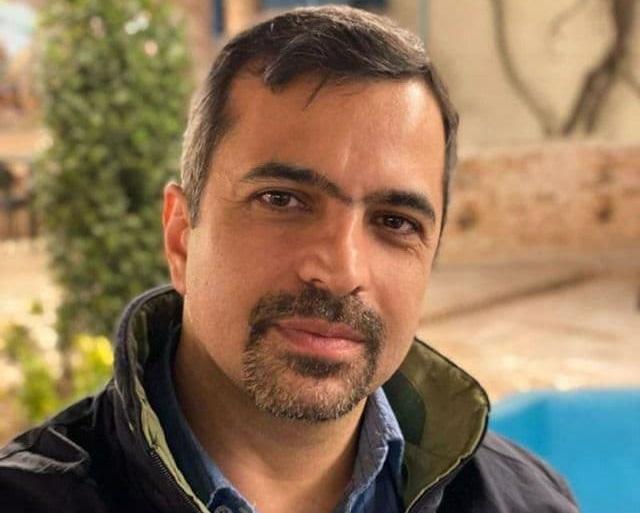 علی اکرمی، روزنامهنگار و فعال سیاسی براثر کرونا درگذشت