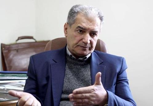 محمدقلی یوسفی: تا زمانی که نتوانیم سیاستهای اقتصادی خود را تغییر دهیم شرایط رفته رفته بدتر خواهد شد