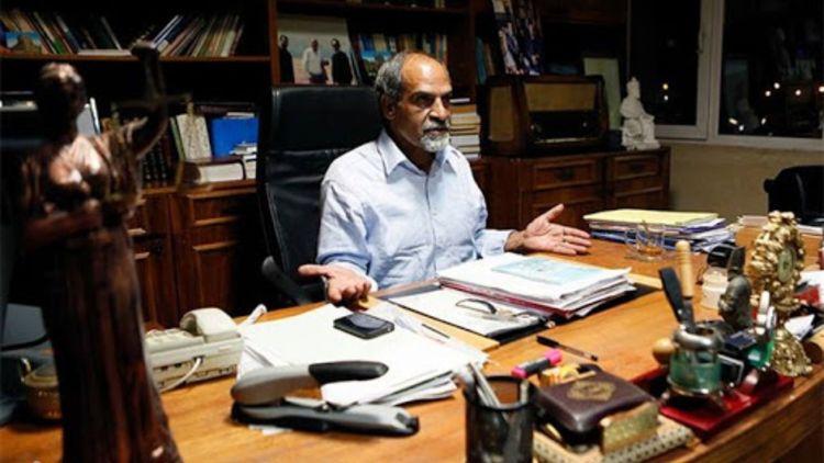 نعمت احمدی: بهجای واکسیناسیون آدرس غلط ندهید