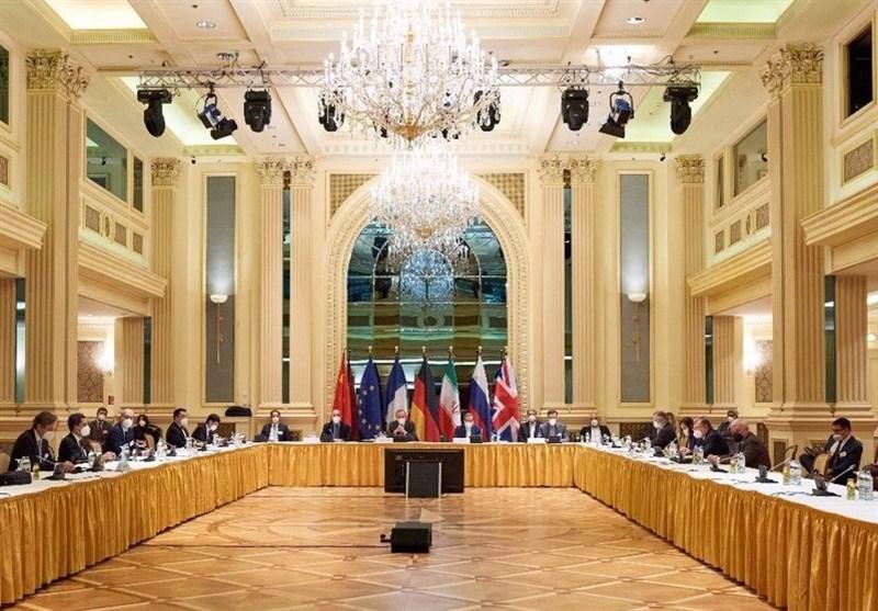 کدام تیم بر میز مذاکره خواهد نشست؟