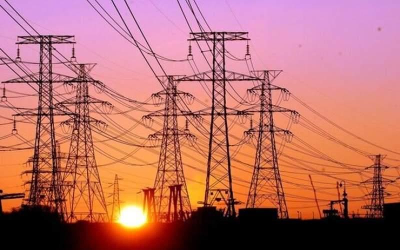 صنعت برق کشور؛ از واگذاری بی ضابطه نیروگاه ها در دولت احمدی نژاد تا تلاش عده ای برای وزیر شدن محرابیان و استفاده از رانت صادرات برق