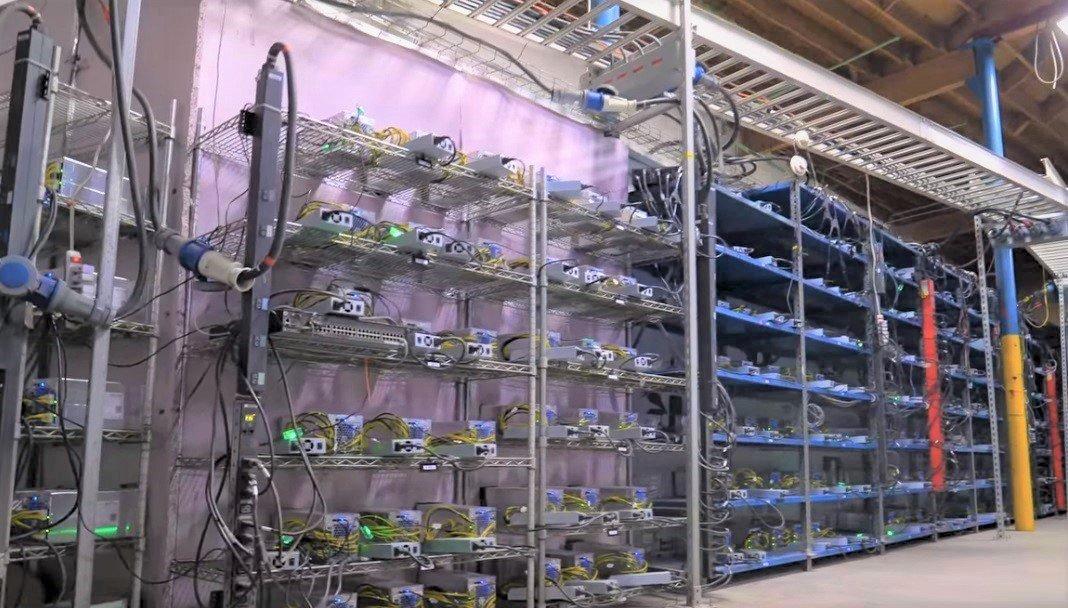 صدور مجوز برای تاسیس مزارع رمزارزها توجیهی ندارد